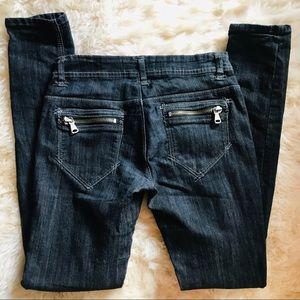 Skinny Dark Jeans with Zipper pockets